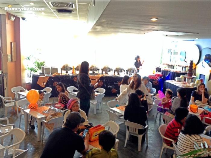Makan Makan Asian Food Village Brunch Buffet.